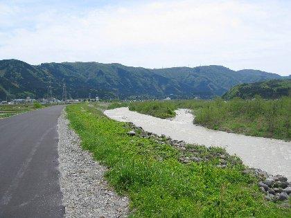 手取川沿いサイクリング (ι )