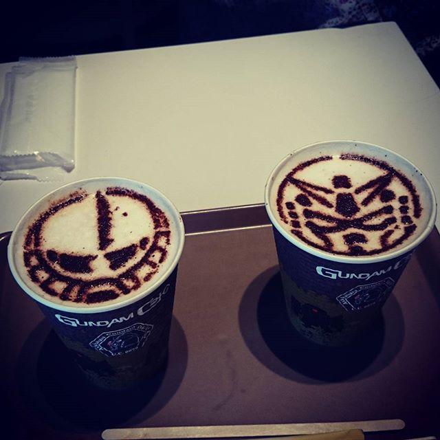 ガンダムカフェでランチ(^-^)