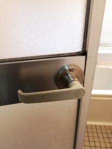 浴室のドアノブを交換してみた